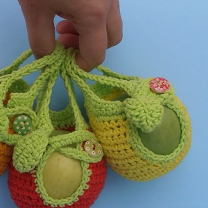 almatartó táska